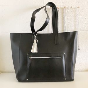 🌷 NWT Bath & Body Tote Bag Black 🌷